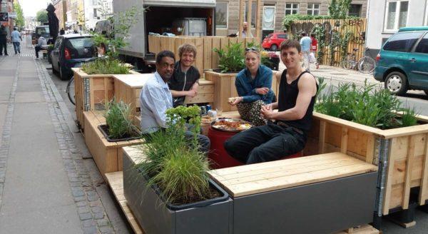 Parkeringshaver til grønne fællesskaber og fleksibel udendørsservering