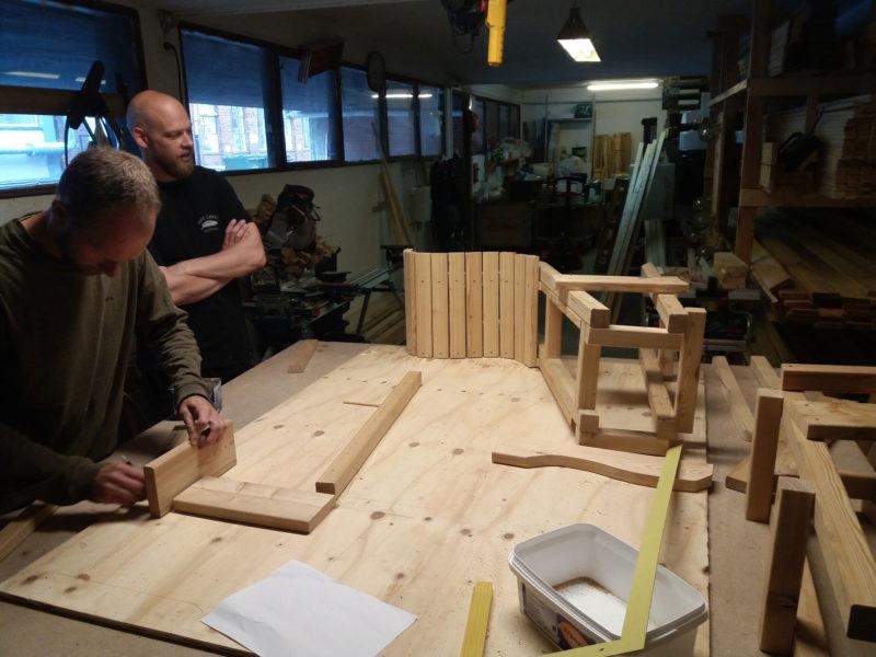 Jesper og Lasse bygger prototype på vores værksted i Nordvest.